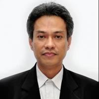 Prof. Dr. Ir. Musrizal Muin, M.Sc .